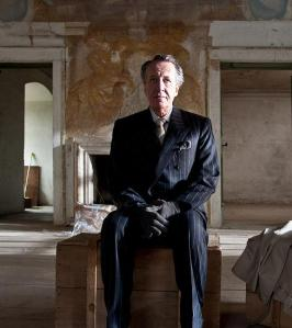 Geoffrey Rush en una escena de THE BEST OFFER, de G. Tornatore
